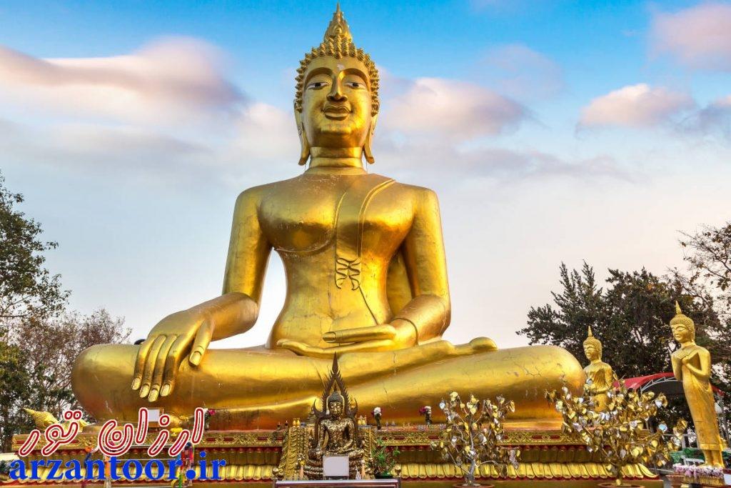 مجسمه بزرگ بودا