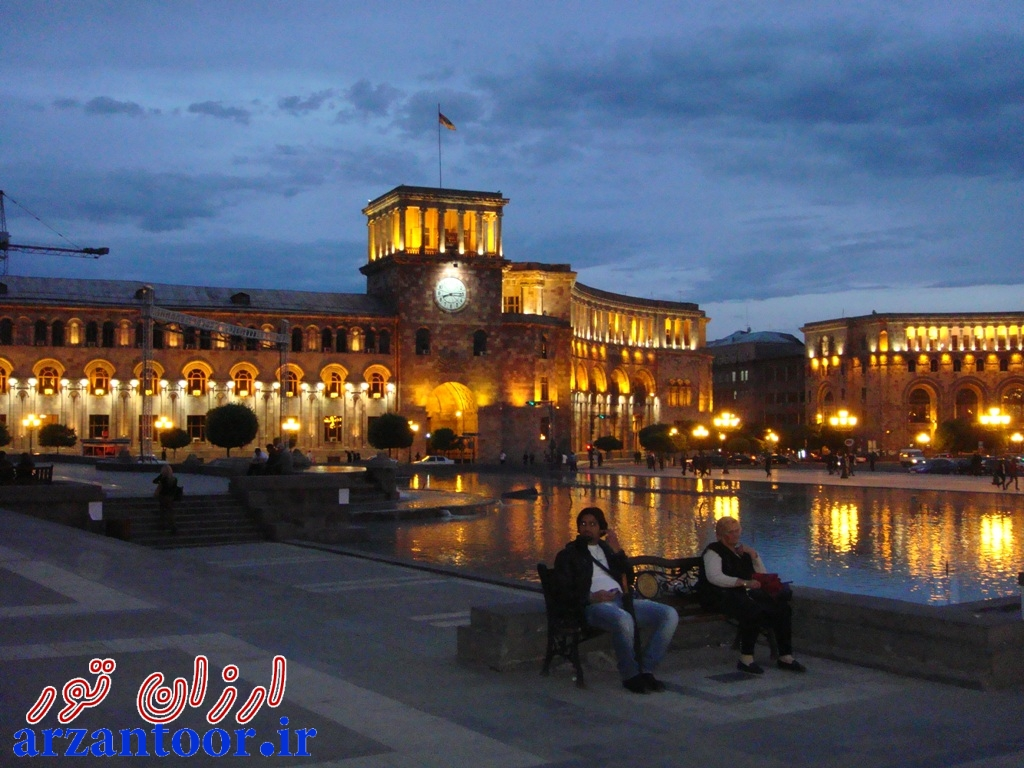 میدان اصلی شهر ایروان ارمنستان